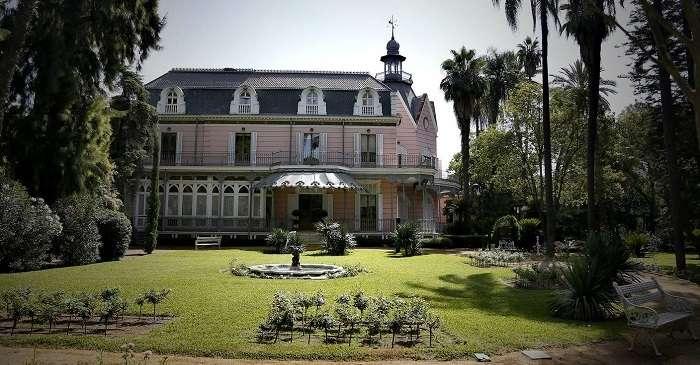 Casa Rosa de Sevilla